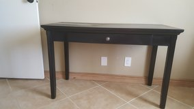 AVINGTON Desk or vanity with chair in 29 Palms, California