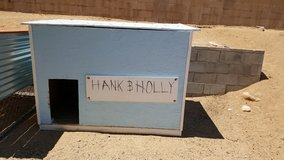 Free Doghouse in Yucca Valley, California