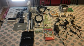 Nintendo Bundle (Wii, GameCube, Mario Cart, Super Mario Bros. hard case for DSXL (3)) in Camp Lejeune, North Carolina