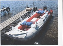 17' Zodiak Inflatable Boat w/ 3.5 hp 2 Stroke Motor in Cherry Point, North Carolina