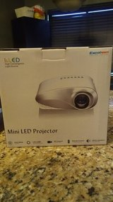 Mini LED Projector in Morris, Illinois