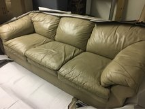 Leather couch and loveseat in Alamogordo, New Mexico