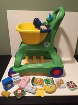 Leap Frog Pretend and Learn Shopping Cart With 10 Toy Foods To Scan! in Bartlett, Illinois
