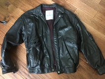 High quality leather jacket Large-CREDIT CARDS ACCEPTED! in Bolingbrook, Illinois