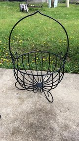 flower metal  planters in Naperville, Illinois
