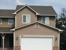 home for rent 4 bed, 3 1/2 bath 2900sq ft in Fort Riley, Kansas
