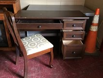 Desk or Vanity With Chair in Fort Polk, Louisiana