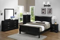 4 piece black  Queen Sleigh bed set in Cherry Point, North Carolina