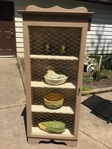 Country cabinet in Elgin, Illinois