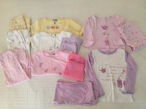 EUC SIZE 3T CARTERS Lot of 5 Sets Pajamas in Oswego, Illinois