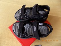 Children´s sandals us size 10, eu size 27, new in Hohenfels, Germany
