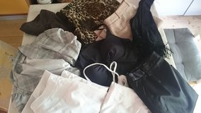Clothes Paket size M in Ramstein, Germany