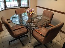 Kitchen table w/ 4 chairs and two matching bar stools in Bolingbrook, Illinois