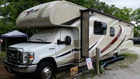 2015 Thor Motor Coach Chateau 31 in Camp Lejeune, North Carolina