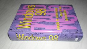 Windows 98 Book in Lakenheath, UK