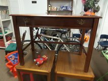 NICE DESK small - NOTE with large drawer in Cherry Point, North Carolina