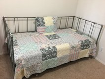 Wrought Iron Daybed w/trundle in Beaufort, South Carolina