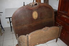 Antique full size bed. in Alamogordo, New Mexico