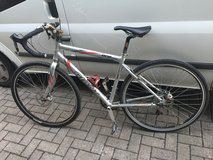 Giants OCR Touring Road Bike, Medium frame, Ultegra flight deck, Disc brakes, Shimano components... in Ramstein, Germany