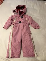 Snow suit fits 4-5 y/o in Ramstein, Germany