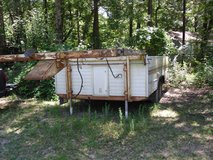 5th wheel trailer and hitch included good to build tiny house on in Kingwood, Texas