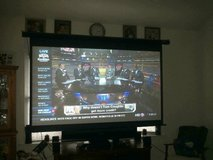 92 Inch screen for projector Vmax2 in Camp Lejeune, North Carolina
