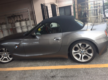Bmw z4 in Okinawa, Japan