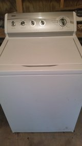 Very nice Kenmore super capacity plus washer in Fort Rucker, Alabama