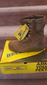 Bellevilles steel toe sz 9 and 9.5 in Camp Pendleton, California