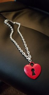 Chunky keyhole heart necklace and chain in Bellaire, Texas