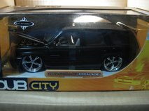 1:24 die cast metal 2002 Cadillac Escalade in Okinawa, Japan