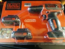 Set of black & Decker 12v drill in Fort Campbell, Kentucky