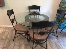 Dining table 4 chairs in Houston, Texas