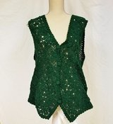 Amanda Smith Med Hunter Green Crochet Vest Button Knit Top Shirt Blouse in Kingwood, Texas