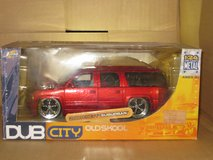 1:24 Die Cast 2000 Chevy Suburban in Okinawa, Japan