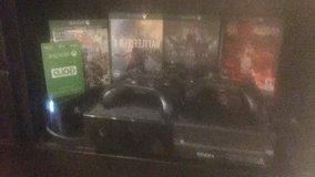 XBOX ONE WITH GAMES AND CONTROLLERS *LIKE NEW* in Okinawa, Japan