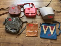 Discounted - Various purses in Stuttgart, GE