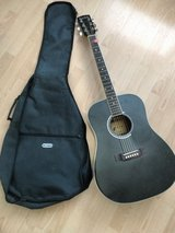 Acoustic guitar Western with cover in Stuttgart, GE