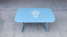 coffee table shabby chic painted in Wilmington, North Carolina