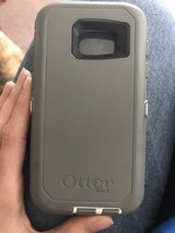 Galaxy s7 Otterbox defender in Camp Lejeune, North Carolina