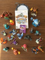 Skylander Giants Wii Game and 20 Guys! Complete Set - Great Gift in Tinley Park, Illinois