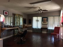Hairdresser Booth Available in Alamogordo, New Mexico