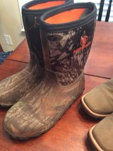 2 pair of boys boots - size 4/5 in Warner Robins, Georgia