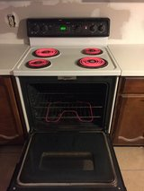GE Spectra Electric Oven in Pasadena, Texas