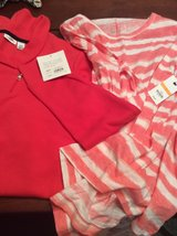 2 shirts new with tags, size small in Warner Robins, Georgia