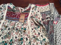 2 shirts new with tags S/M in Warner Robins, Georgia