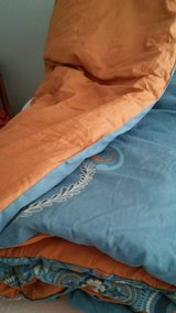Queen 6 pc. Bed Set in Fort Campbell, Kentucky