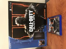 500GB PS4 w Black Ops III in Okinawa, Japan