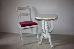 Shabby Chic Side Table in Ramstein, Germany
