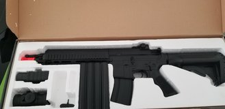 PRICE REDUCED!!! Double Eagle Electric Airsoft Gun in Conroe, Texas